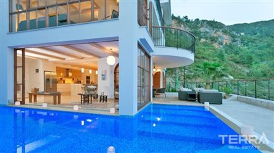 591-unique-sea-view-villa-for-sale-in-alanya-5a8a950b8f257