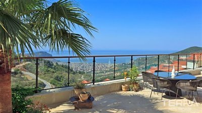 591-unique-sea-view-villa-for-sale-in-alanya-5a8a950cb130f