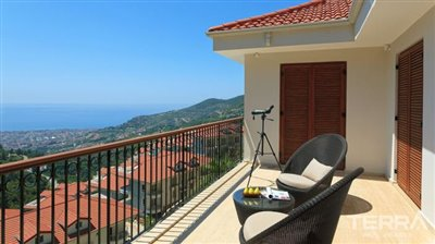 591-unique-sea-view-villa-for-sale-in-alanya-5a8a95859b5d1