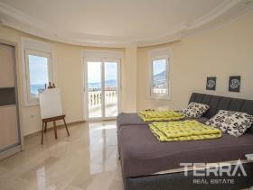 Image No.20-4 Bed Villa / Detached for sale