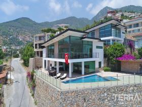Image No.1-Villa / Détaché de 3 chambres à vendre à Alanya