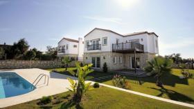 Image No.3-Maison / Villa de 3 chambres à vendre à Side