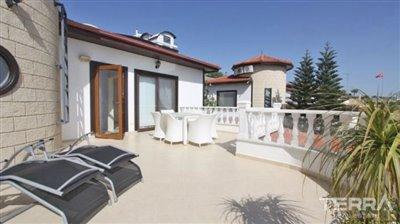 1017-stunning-villa-with-panoramic-sea-and-city-views-in-alanya-bektas-5cd02c07e1f5d