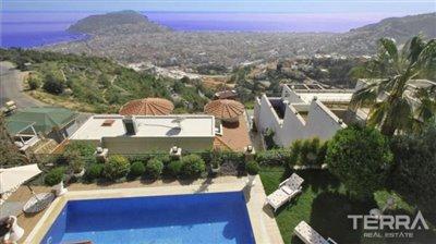 1017-stunning-villa-with-panoramic-sea-and-city-views-in-alanya-bektas-5cd02c096a809