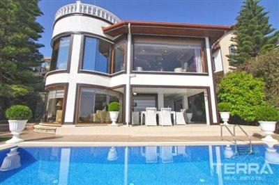 1017-stunning-villa-with-panoramic-sea-and-city-views-in-alanya-bektas-5cd02c0743e68
