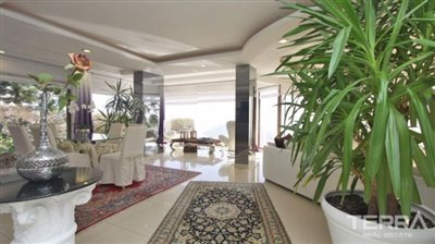 1017-stunning-villa-with-panoramic-sea-and-city-views-in-alanya-bektas-5cd031a24f32c