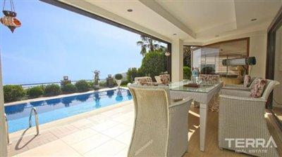 1017-stunning-villa-with-panoramic-sea-and-city-views-in-alanya-bektas-5cd031b5c3782