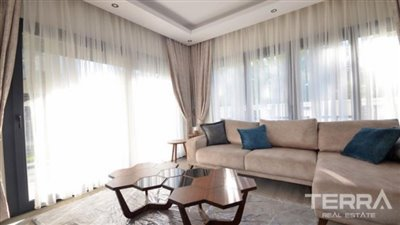 1027-family-apartment-with-large-swimming-pool-in-fethiye-town-5cd577ada3f8b