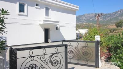 1251-sea-view-villa-for-sale-in-alanya-kargicak-surrounded-by-nature-5da82a4bd0504