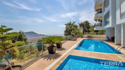 918-uninterrupted-sea-view-apartment-for-sale-in-alanya-5c6d5088d7b62
