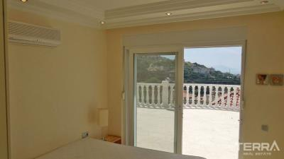 1563-sea-view-and-fully-equipped-detached-villa-for-sale-in-alanya-tepe-5f6c809964670