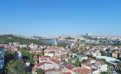 1677-apartments-in-eyup-overlooking-the-golden-horn-in-central-istanbul-5fe347a51f8d2