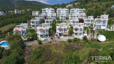 543-unique-sea-view-apartments-and-villas-for-sale-in-cikcilli-alanya-5a5893f911a35