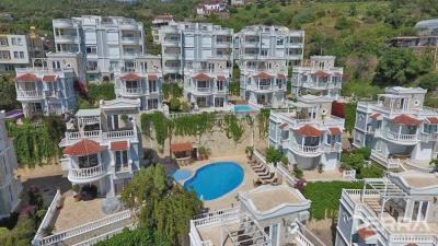 543-unique-sea-view-apartments-and-villas-for-sale-in-cikcilli-alanya-5a5893f690152