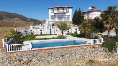 1737-luxury-detached-villa-for-sale-in-gazipasa-turkey-603e468ca863f