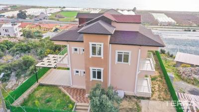 1756-fantastic-detached-villa-to-buy-with-uninterrupted-sea-view-in-alanya-60534cca1097c