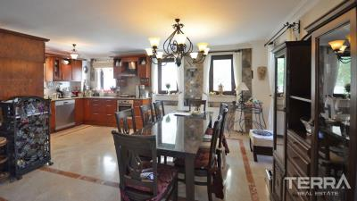 1931-villa-in-fethiye-ovacik-with-large-garden-and-private-swimming-pool-6131c89ce3ee7