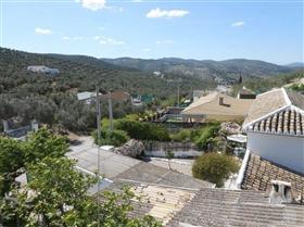 Image No.1-Maison de 4 chambres à vendre à Iznájar