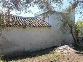 Image No.27-4 Bed House for sale