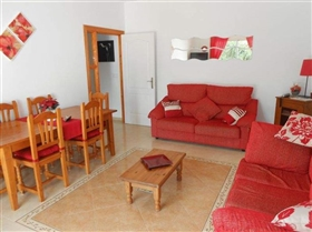 Image No.20-6 Bed House for sale