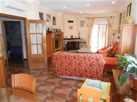 Image No.10-Maison de 4 chambres à vendre à Iznájar