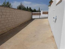 Image No.7-Maison de 4 chambres à vendre à Iznájar