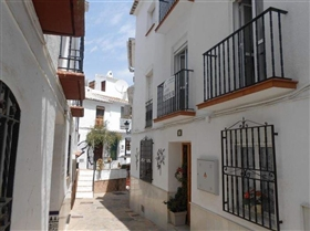 1. 3 Bed House for sale