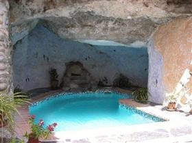 Guájar-Faraguit, House
