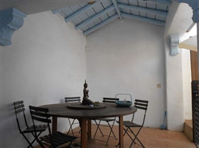 Image No.25-7 Bed House for sale