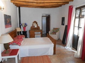 Image No.27-7 Bed House for sale