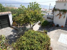 Image No.21-3 Bed House for sale