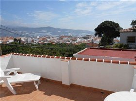Image No.23-3 Bed House for sale