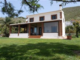 Image No.7-5 Bed Country Property for sale
