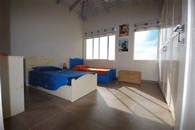 Image No.3-Villa de 4 chambres à vendre à St Peter
