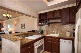 Image No.2-Appartement de 2 chambres à vendre à St Philip