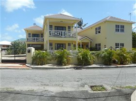 Image No.1-Villa de 7 chambres à vendre à St Michael