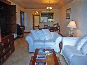 Image No.2-Appartement de 1 chambre à vendre à St Philip