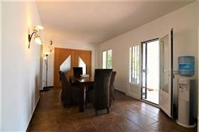 Image No.26-6 Bed Villa for sale