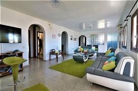 Image No.23-6 Bed Villa for sale