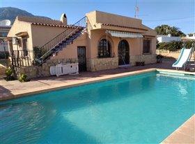 Image No.0-Villa de 4 chambres à vendre à Calpe