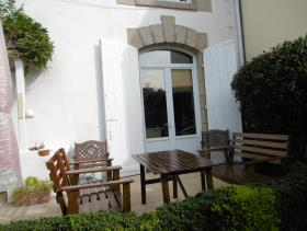 Image No.20-4 Bed Townhouse for sale