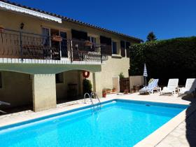 Fontiers-Cabardès, Villa