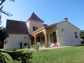 Cadouin, House/Villa