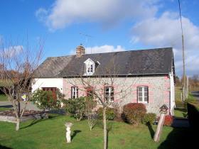 Saint-Hilaire-du-Harcouët, Farmhouse