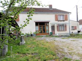 Doubs, Country House
