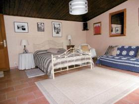 Image No.11-4 Bed Country House for sale