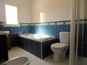Image No.12-Maison / Villa de 4 chambres à vendre à Puymirol