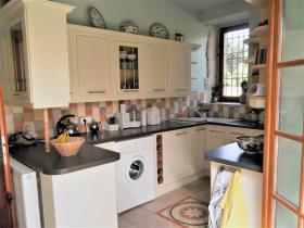 Image No.4-Maison de campagne de 4 chambres à vendre à Vic-Fezensac