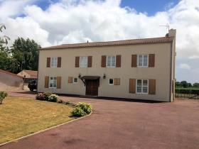Image No.15-Maison / Villa de 8 chambres à vendre à Puyravault