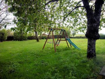 garden-swings